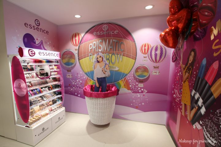 essence make up stand completo